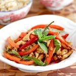 stir fried thai chicken with peppers