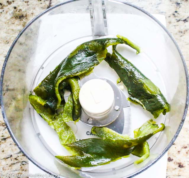 Poblano Ranch Sauce - roasted poblano pepper adds a little heat to this fresh ranch dip/dressing made with parsley, chives and dill
