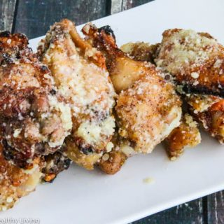 Parmesan Garlic Chicken Wings - garlicky and cheesy, these wings are lip smacking delicious