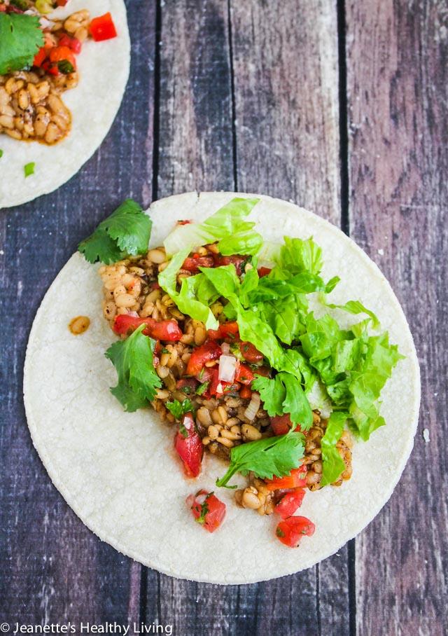 Instant Pot Vegetarian Lentil Tacos - flavorful, delicious vegetarian/vegan lentils served in burrito bowls or in tortillas/taco shells