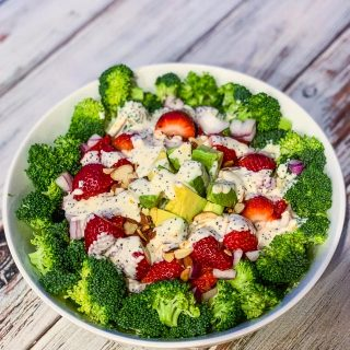 broccoli strawberry avocado salad with poppy seed dressing