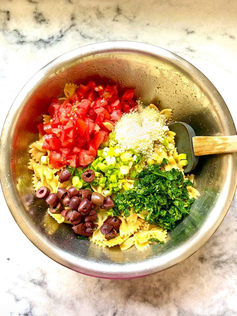 Mediterranean Pasta Salad Ingredients